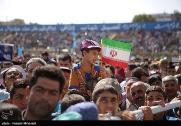 عکس/ اهتزاز پرچم امام رضا(ع) در کمیته ملی المپیک